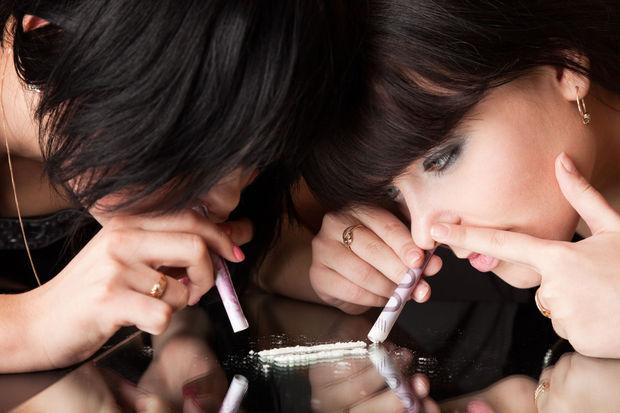 Səhiyyə Nazirliyi narkomanların sayını açıqladı