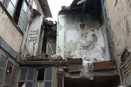 """Yasamalda """"Azər Gür"""" şirkəti 3 ailəni evsiz qoydu -"""